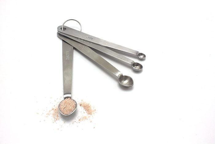 mini measuring spoons